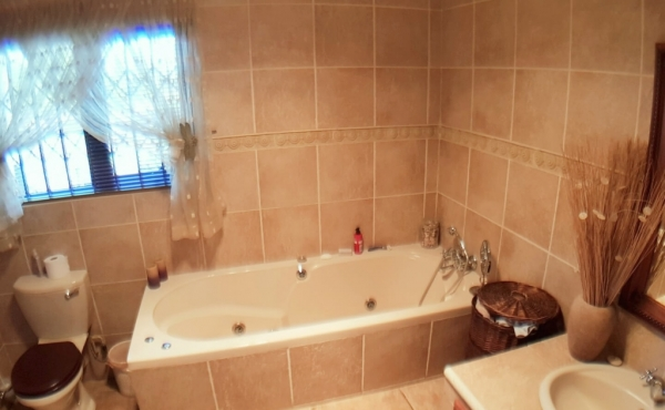 Bathroom-with-shower-main-home