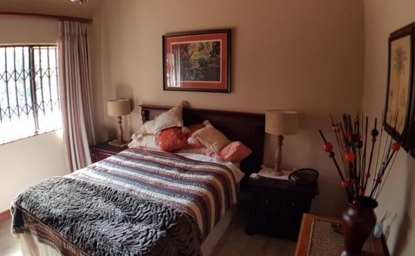 bedroom-1-cottage