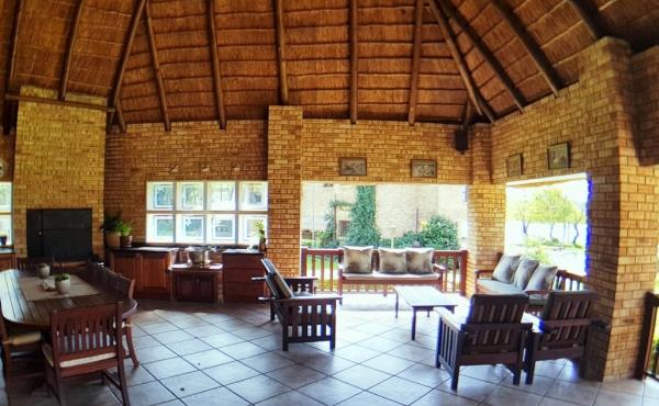 patio-at-main-home